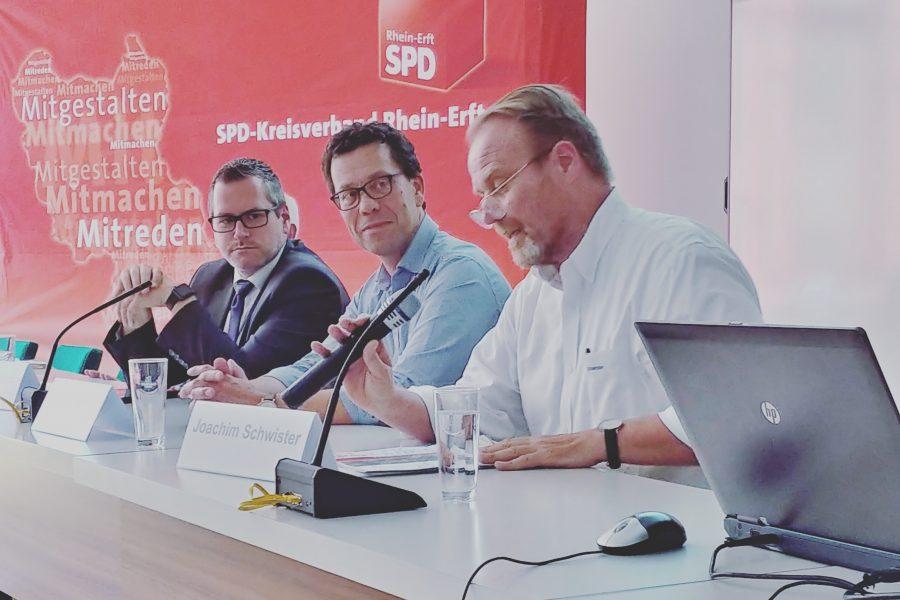 chwister, Timm, Solbach auf der dritten Strukturkonferenz